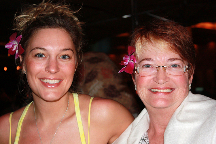 Lenka and her mom at the NVP Retreat in Maui.