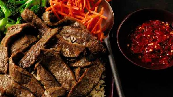 bibimbap-style-korean-marinated-flank-steak-horizontal
