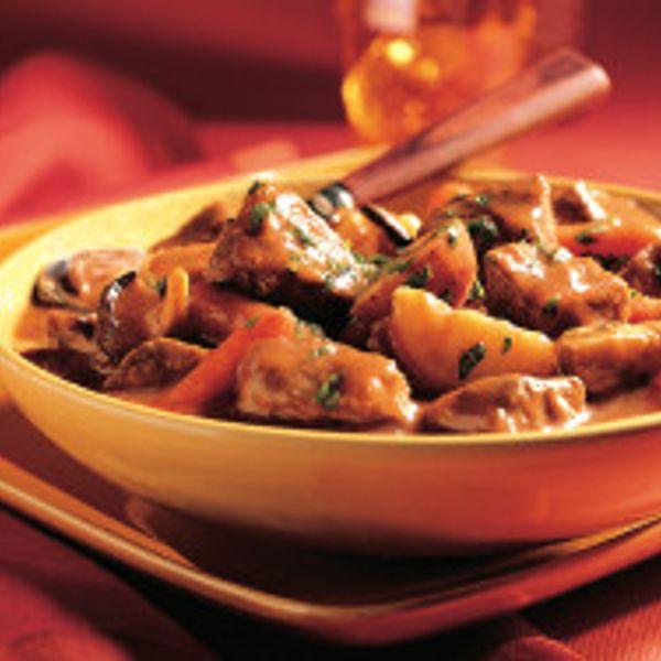wild-mushroom-beef-stew-horizontal