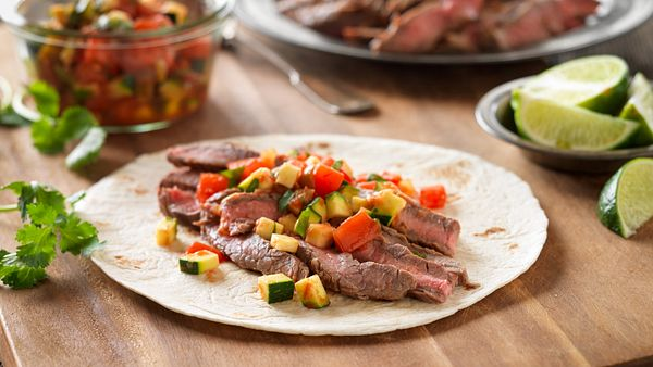 quick-beef-fajitas-with-pico-de-gallo-horizontal