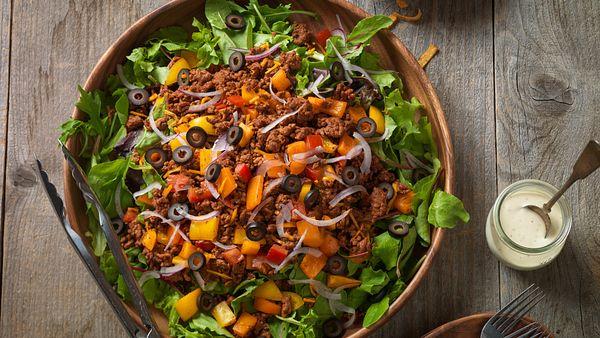 confetti-beef-taco-salad-horizontal