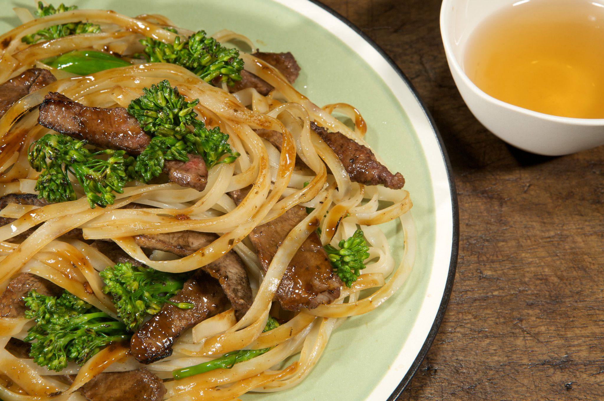 Spicy Shanghai Steak And Noodle Stir Fry