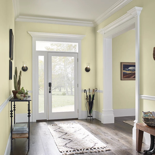 Foyer painted in PEELED CUCUMBER
