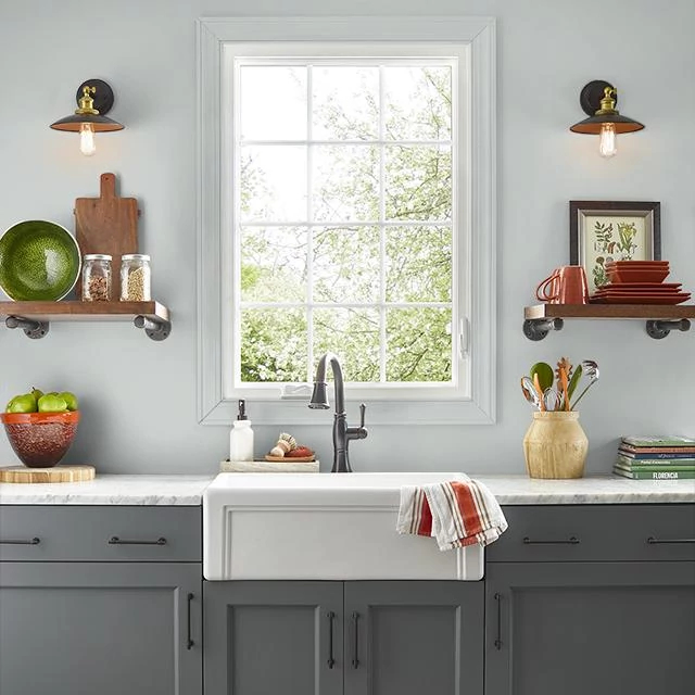 Kitchen painted in WHITE GOLD