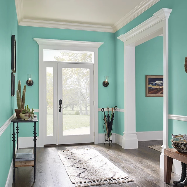 Foyer painted in SPEARMINT LEAF