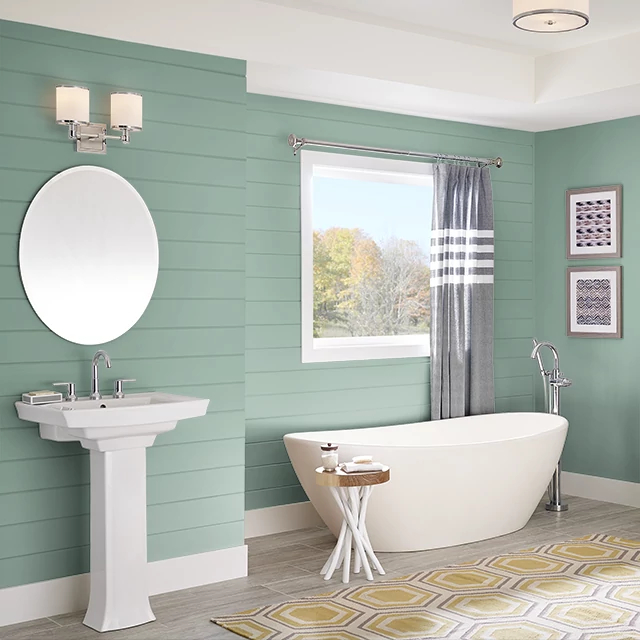 Bathroom painted in WINCHESTER GREEN