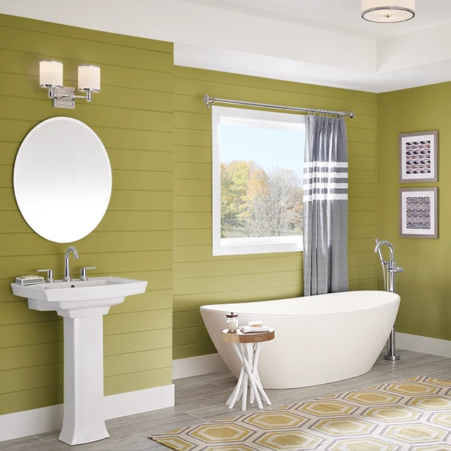 Bathroom painted in GREEN OF SPRING