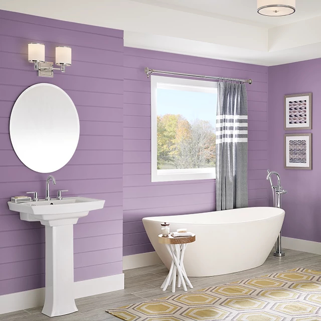 Bathroom painted in FRUIT SMOOTHIE