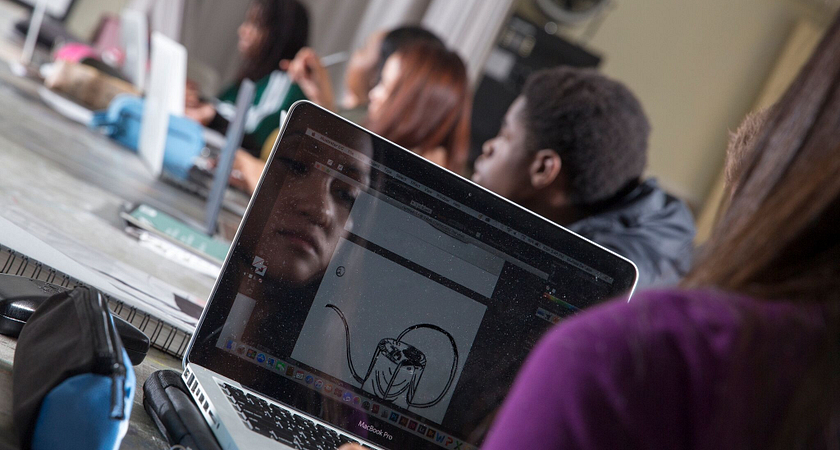 Can i be good at web page design & graphic related programs by attending community college?