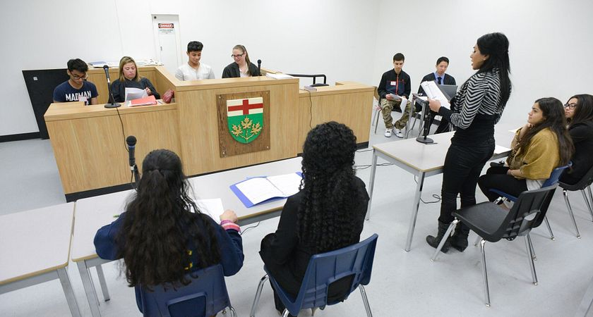 picture of Led young College students in a law clerk program class