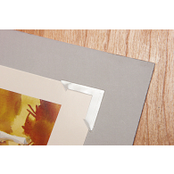 "Gaylord® Maxiview 1 1/4"" Clear Self-Adhesive Polypropylene Photo Corners (250-Pack)"