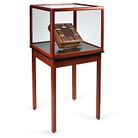 Gaylord® Sedgwick™ Table Cube Exhibit Case