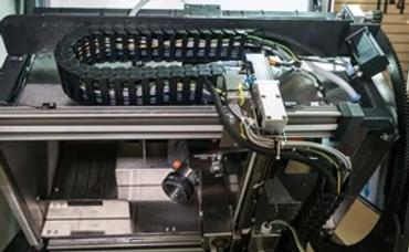 清洁设备中的直线机器人