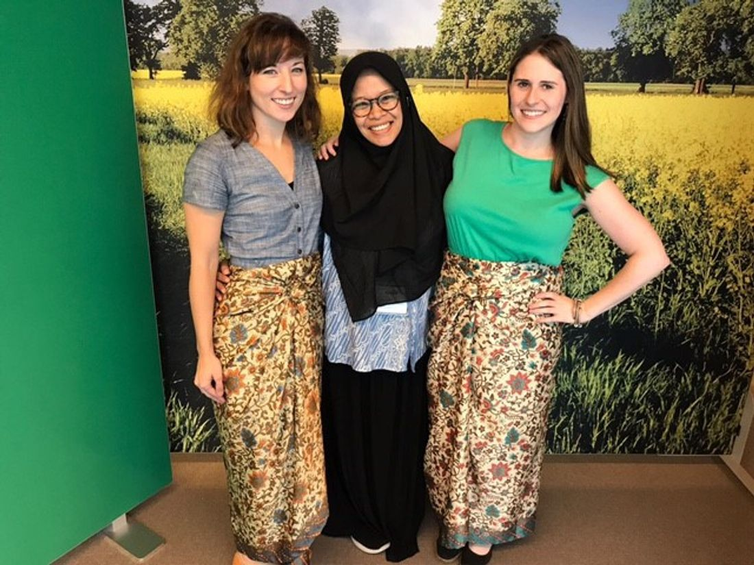 IIE-team-members-Nina-Hasenstein-and-Tracy-Waldman-wear-Batik-skirts-that-Fenty-Agtiffantono-from-IIEF-Jakarta-brought-as-a-gift-from-Indonesia