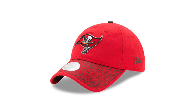 WOMEN'S TAMPA BAY BUCCANEERS OFFICIAL SIDELINE 9TWENTY ADJUSTABLE