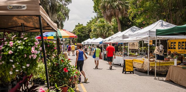 Bluffton Farmers Market Tents