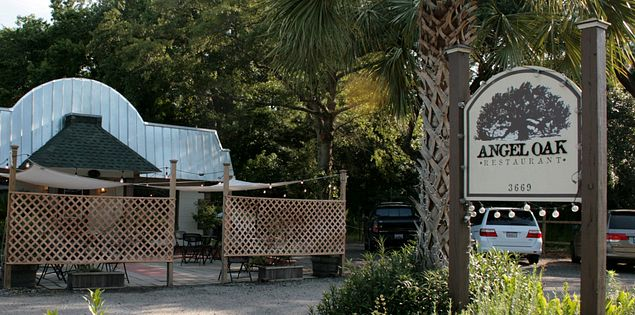 Enjoy a mouthwatering meal at Angel Oak Restaurant on Johns Island, South Carolina.