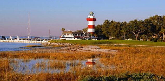 The Harbour Town lighthouse overlooking the 18th hole of the iconic Harbour Town Golf Course on Hilton Head Island