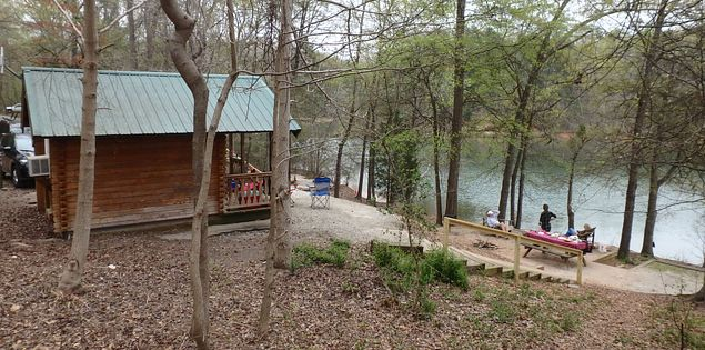 Campgrounds cabins waterfront Lake Hartwell State Park