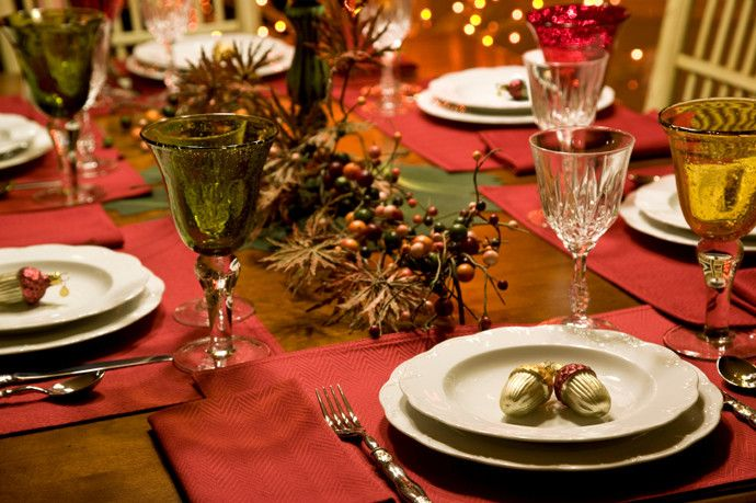 Table Setting Ideas for Christmas   Balsam Hill
