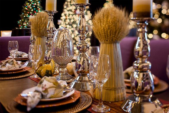 From the elegant place settings to the thoughtful arrangement of seats the amount of preparation made is a sign of how much the ... & Table Setting Ideas for Christmas | Balsam Hill