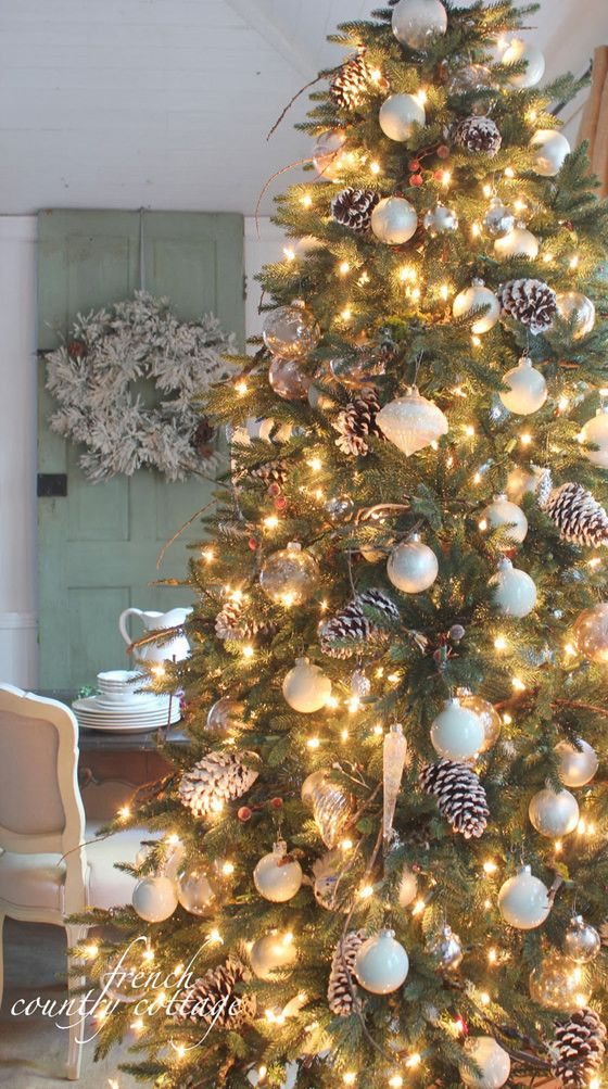 how to decorate a christmas tree with woodland accents - French Country Christmas Decor