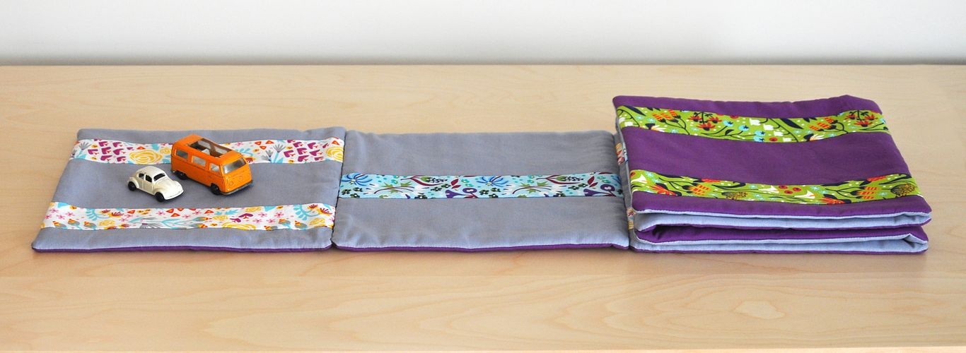 Jacob's Ladder Reversible Table Runner