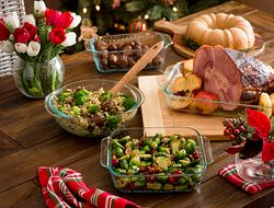 pyr_sculpted_bakeware_9pc_christmas_cagwin_1119565_2