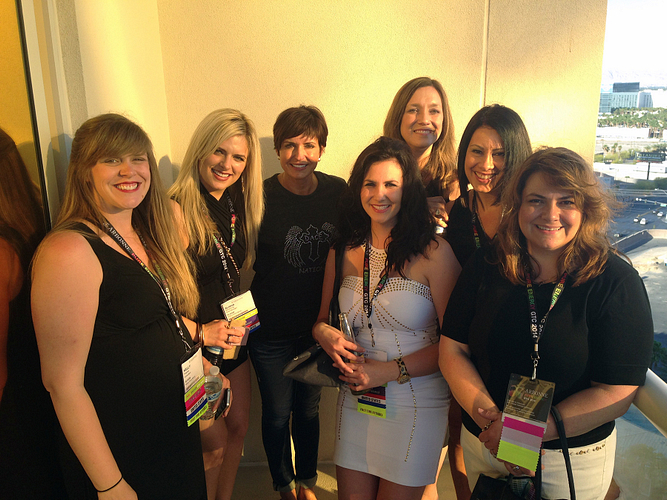 2014 GTC with her team and upline. L–R: Kelly Waples, AM Alisha Armstrong, ENVP Sherry Dace, DM Rebecca Brazeal, EDM Tracy Geer, RVP Aileen Beyer, and EDM Kellie Tirelli.