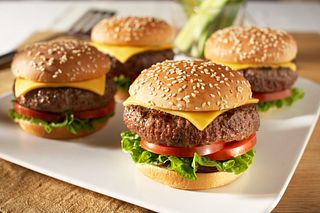 Classic Beef Cheeseburgers
