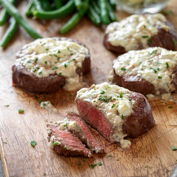 beef-tenderloin-steaks-with-blue-cheese-topping-horizontal