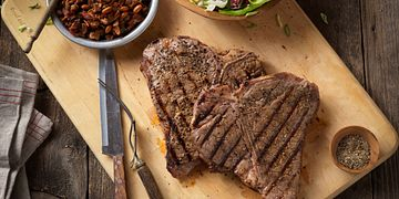 rocky-mountain-grilled-t-bone-steaks-with-charro-style-beans-horizontal.tif