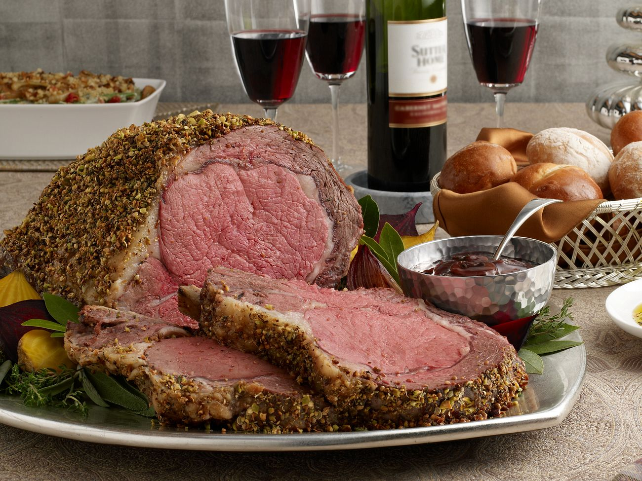 pistachio-crusted-ribeye-roast-with-holiday-wine-sauce-horizontal