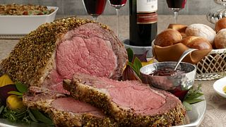 pistachio crusted prime rib with holiday wine sauce