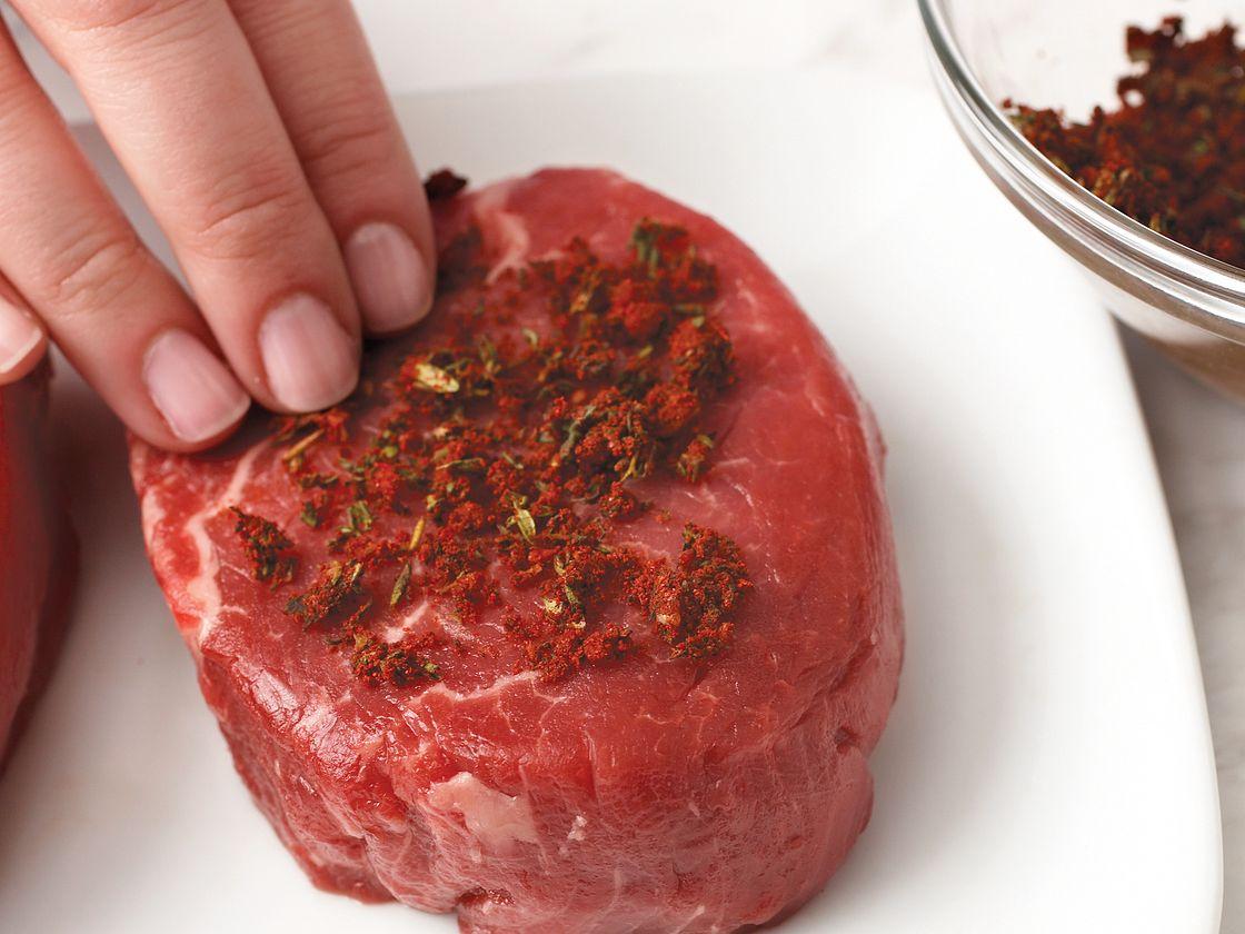 Garlic-Thyme Rubbed Beef Tenderloin Steaks