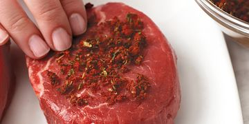 Garlic and Thyme Steak Rub