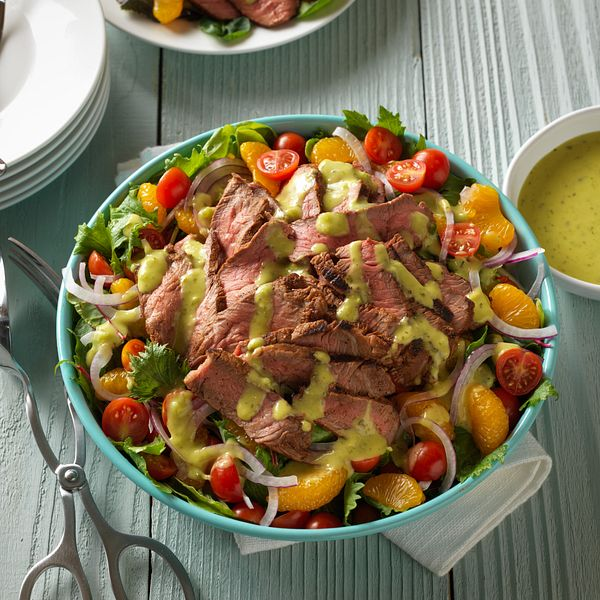 grilled-spicy-steak-salad-with-guacamole-salsa-square