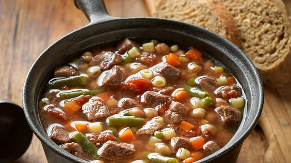 lazy-day-beef-vegetable-soup-vertical