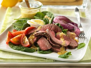 Garlic & Herb Steak Salad with dressing