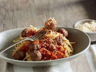 classic-spaghetti-and-meatballs-horizontal.tif