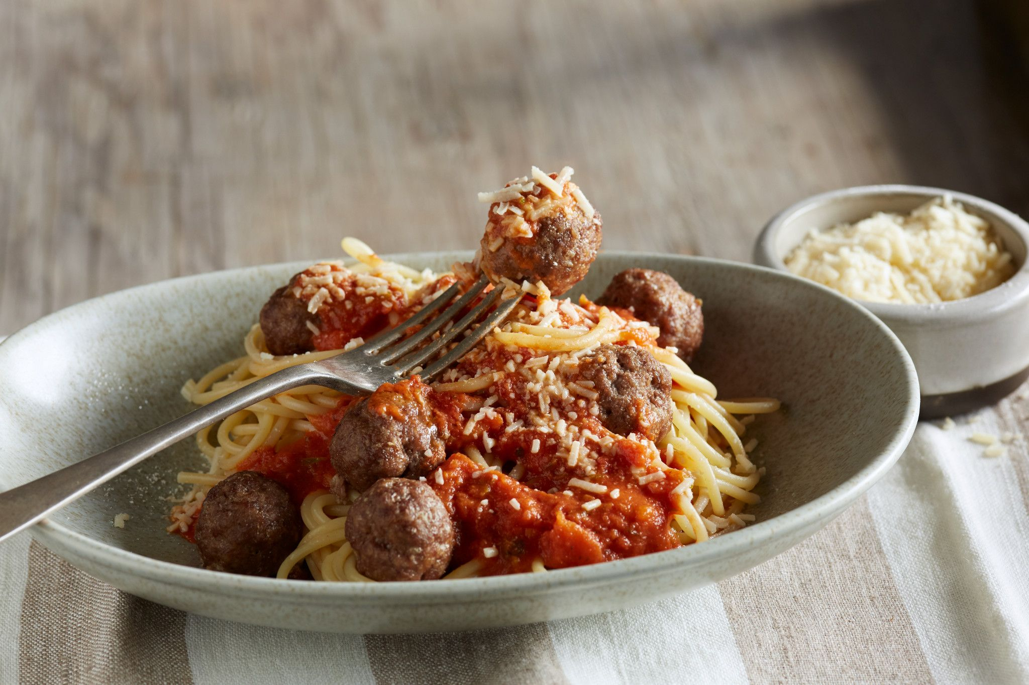 Spaghetti & Savory Meatballs