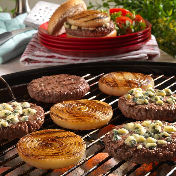 grilled-onion-cheeseburgers