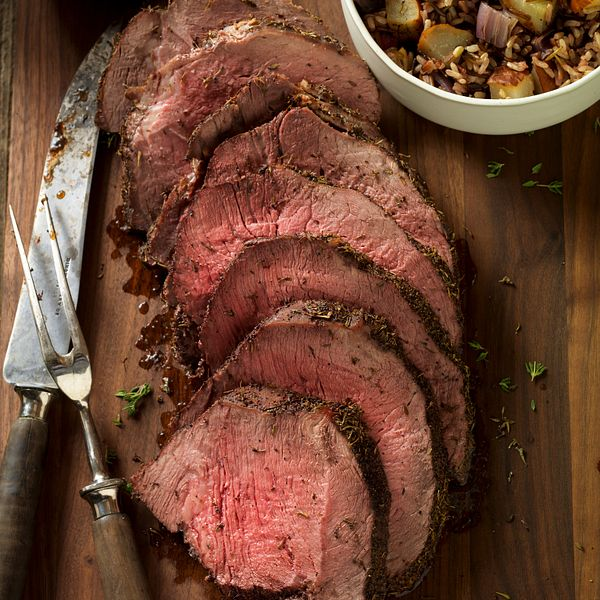 thyme-rubbed-beef-round-tip-with-roasted-onion-and-pear-wild-rice-vertical