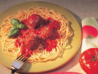 spaghetti-savory-meatballs-horizontal.tif