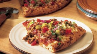 southwest-beef-and-chile-pizza