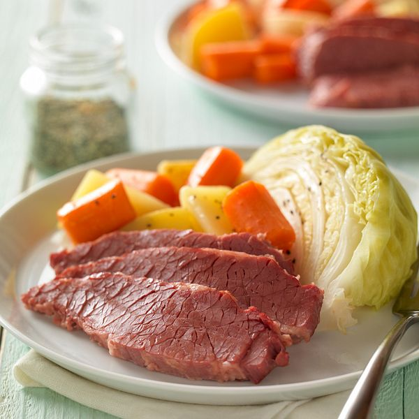 classic-corned-beef-with-cabbage-and-potatoes-vertical