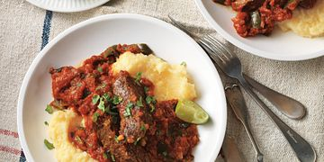 Chipotle-Braised Country Style Beef Ribs