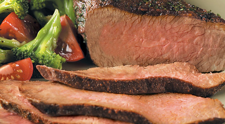 Chili-Crusted Tri-Tip Roast