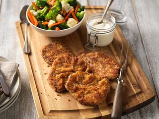 Country Fried Beef Steaks with Spicy Blue Cheese Sauce