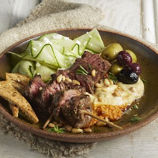 mezze-steak-skewers-hummus